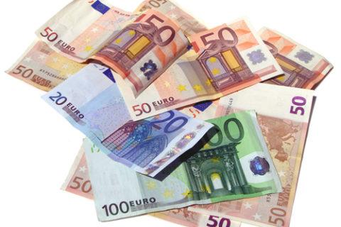""""""" ,..."""" ,... in der Nationalen Wasserstoffstrategie hat die Bundesregierung Maßnahmen von neun Milliarden Euro angekündigt"""".....!"""""""