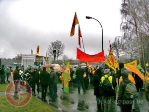 bei der Urananreicherung eine sicherheitspolitische Barriere durchbrochen ...; Protestmarsch gegen URENCO