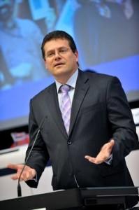 """Die transatlantische Zusammenarbeit bei LNG passt perfekt zusammen"""", glaubt Šefčovič.......EU-Kommissar und Vizepräsident"""