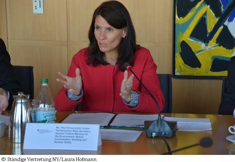 Ein erster Schritt in die richtige Richtung.. ...; Parlamentarische Staatssekretärin Rita Schwarzelühr-Sutter