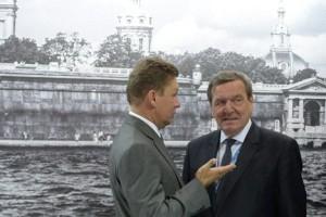 Gazprom-Chef Miller (links) und Ex-Kanzler Gerhard Schröder immer dabei ... Schröder ist bereits beim russischen Gasgiganten Gazpromm tätig, hier mit Chef Sergej Miller! ...