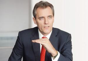Suche Schutz vor Attacken aus Washington ...; OMV-Vorstandsvorsitzender Rainer Seele: