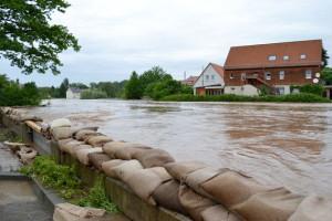 """""""...fast 96 Mio. Euro aus dem Fonds in den Hochwasserschutz ..."""