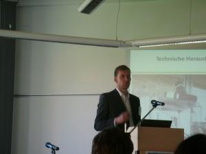 Jan Aengenvoort, Leiter Unternehmenskommunikation NEXT-Kaftwerke: Am  IT-Leitsystem hängen viele kleine Kraftwerke Biosgasanlagen ...