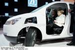 Der neue Umweltbonus ist eine gute Nachricht ....Kanzlerin Angela - Merkel im E-Mobil