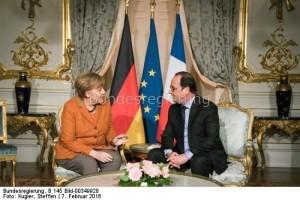 2016: Angela Merkel und Frankreichs Präsident Francoise Hollande: Bisher gabe es keine Einigung über die Abschaltung des französischen Atommeilers Fessenheim. Nun macht Paris einen Strich...?
