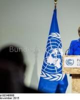 Bundeskanzlerin Angela Merkel fordert  wie alle G 7-Staaten  und die Staaten des Pariser-Abkommens die Dekarbonisierung
