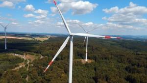 Ohne  die Ausweisung und Sicherung von Flächenpotenzialen ...;Trianel Onshore Windkraftwerke GmbH & Co. KG (TOW) bereits zwei Der Windpark Rabenau (Bild) im Landkreis Gießen ist seit Sommer 2015 und der Windpark Hünfelden im Landkreis Limburg-Walburg seit März 2016 am Netz.