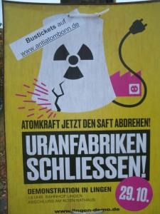 """""""...in Lingen und Gronau stehen Uranfabriken, die vom Atomausstieg ausgenommen sind ...!"""" Bild :Umwelt- und Energie-Report"""