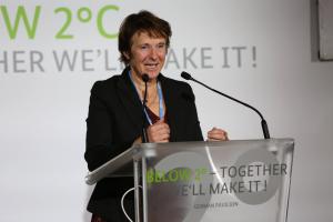 Lieferfahrzeuge mit Verbrennungsmotoren verursachen klima- und gesundheitsschädliche Emissionen...; Maria Krautzberger