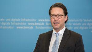 """Man spürt es ... ersteht unter großem Druck ...?"""", Verkehrsminister Andreas Scheuer"""