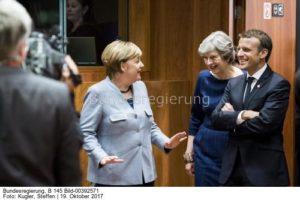 Das was sie beschlossen haben, Merkel, May und Mcron, wird wohl nicht von Moskau goutiert..., so Swetow