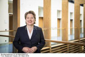 Mehr Tempo beim Klimaschutz ...!!!; Svenja Schulze, bild guido bergmann bund.bildst.