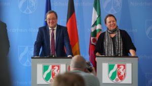 """""""..Mehr Gewässerschutz und mehr Planungssicherheit für.""""......; Ministerpräsident Armin Laschet und Ursula Heinen Esser..."""