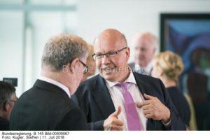 ...ein undogmatischer Energiewendemanager an seiner Seite...; Peter Altmaier. bild U +E