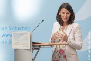 """""""Ein wichtiger Schlüssel zum Klimaschutz liegt in den Kommunen....."""", Rita Schwarzelühr-Sutter, Bild Jörg Carstensen"""
