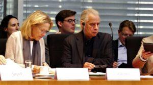 Sind beide getäuscht worden ...? ; Sylvia Kotting Uhl (Grüne)und Hubertus Zdebel, Linke