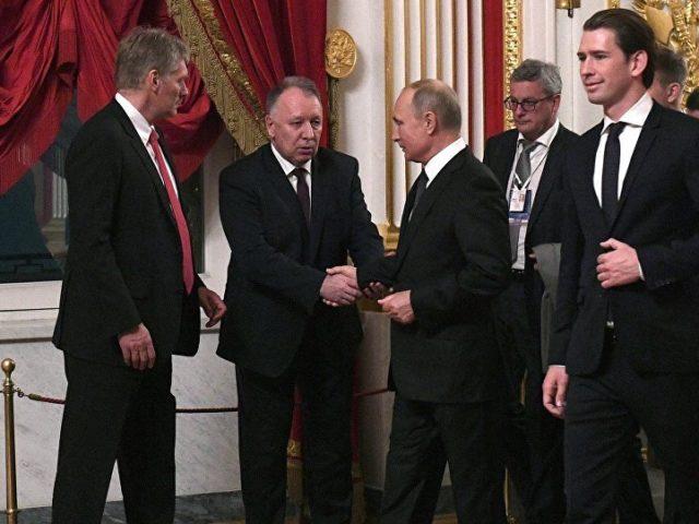 Die Interessen der Ukraine müssen berücksichtigt werden...; Österreichs Kanzler Kurz bei Putin in St Petersburg