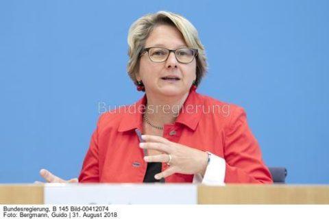 """Wir brauchen eine höhere CO2-Bepreisung ...""""; Svenja Schulze"""