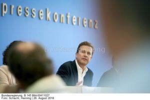 Erfüllung des Pariser  Klimaversprechens ...; Steffen Seibert