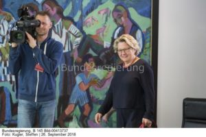 """""""Es wäre eine politisch und juristisch sehr unangenehme Situation,...; Svenja Schulze, bild Steffen Kugler"""