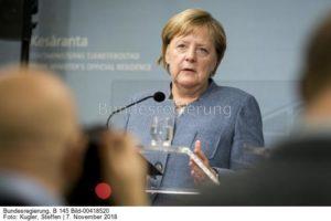 """""""...es sind immer russische Gasmoleküle..."""", Angela Merkel, Bild Steffen Kugler, undesr."""