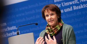 """""""Deutschland steckt mittendrin in der Erderhitzung, mit weitreichenden Folgen für Umwelt, Gesellschaft und Gesundheit.""""..; Maria Krautzberger"""