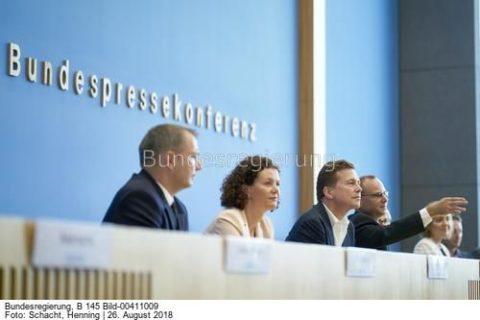 """""""Doch, das ist so verabredet...""""Regierungspressekonferenz...; Bild Henning Schacht"""