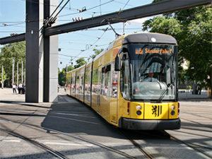 ... sie sollen bis September 2021 richtungsweisende Verkehrsprojekte starten;...bild dredn. verkehrsb.
