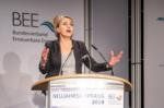 """""""Der Ausstiegsplan ist teuer erkauft... .! Simone Peter: BEE-Präsidentin, zuvor Grünen-Vorsitzende"""