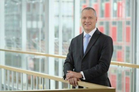 Uniper möchte den Bau eines Anlande-Terminals für Ammoniak prüfen ...; Uniper-Chef Andreas Schierenbeck