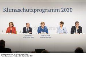 Kabinett bei der Verkündung: Vier Maßnahmen stehen im Fokus , bild Guido Bergmann