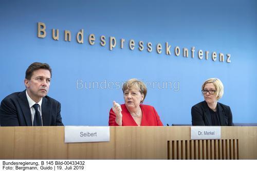 """""""...den europäischen Kontinent, das heißt die Europäische Union, zu weiten Teilen zum ersten CO2-neutralen Kontinent zu machen...""""; Bild Guido Bergmann"""