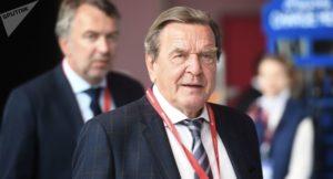 """...bewusste Aufkündigung der transatlantischen Partnerschaft.."".; Exkanzler Gerd Schröder, ; bild Ilja Pitajew sputnik"