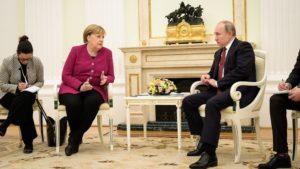 """""""Diese Transporte bedrohen die Sicherheit der Bewohner der Ostsee-Region...; ...Kanzlerin Merkel und Präsident Putin n ..., bild bundesrg."""
