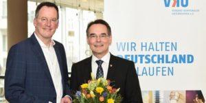 """... um die Klimaschutzziele im Gebäudesektor zu erreichen""""...!  Ingbert Liebing(r.), hier bei seiner Inthronisation"""