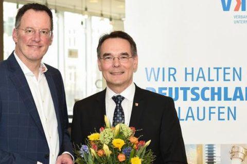 """""""Eine gute Nachricht für die Energiewende .. .! Ingbert Liebing(r.), hier bei seiner Inthronisation"""