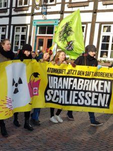 """""""...die Bundesregierung aufhören, den eigenen Atomausstieg zu unterlaufen...!"""""""