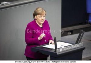 """""""genau hinzuhören, was die europäischen Partner sagen!"""" Angela Merkel , bild bundesreg Sandra Steins"""