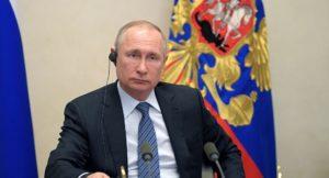 """""""...dass er einen weiteren Gastransit durch die Ukraine vom Wohlverhalten dieses Landes abhängig macht...!"""".; Wladimir Putin , bild alexey Druzhinin"""