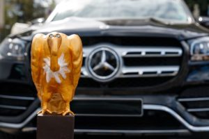 "Der ""Goldene Geier"" für Daimler, ... bild: Stefan Wieland duh"