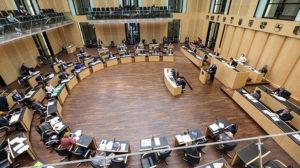 Zehnjährige Steuerbefreiung für Elektrofahrzeuge gebilligt,Bundesrat , bild bundr,. Dirk Deckbar