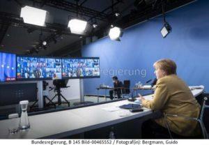 """""""...um gemeinsam die Ziele des Pariser Klimaschutzabkommens zu erreichen...!"""" Kanzlerin Merkel, bild Guido Bergmann"""